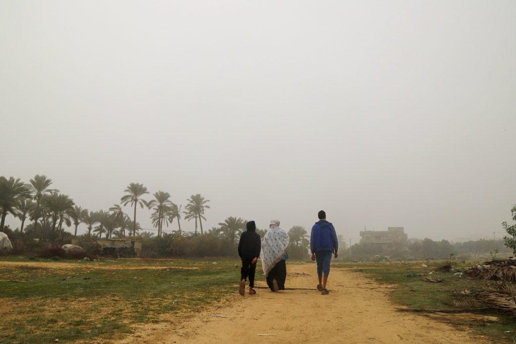 בדרך חזרה הביתה. צילום: אסמאא ח'אלידי
