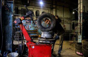 A tire shop in Gaza. Photo by Asmaa Elkhaldi